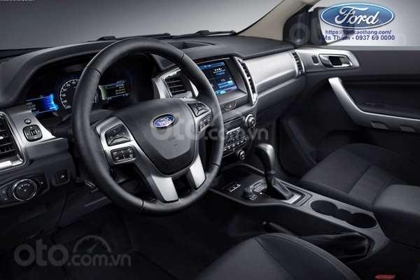 Ford Everest Titanium 2019, trả góp 90%, chỉ cần 200tr nhận xe ngay, giảm gần 60tr tiền mặt, Lh 0911 777 8663