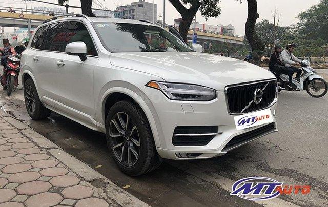 MT Auto bán ô tô Volvo XC90 Momentum 2017, màu trắng, xe nhập khẩu - LH em Hương 09453924681