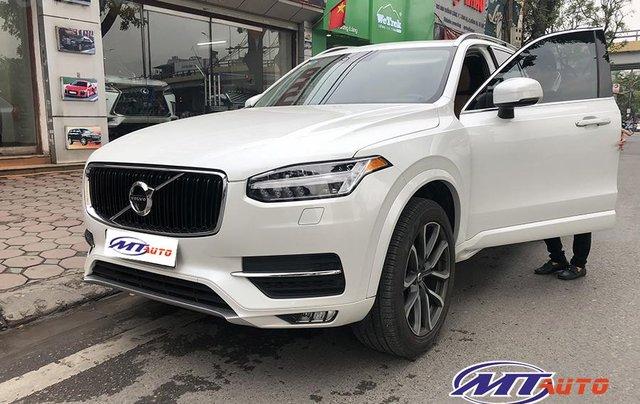 MT Auto bán ô tô Volvo XC90 Momentum 2017, màu trắng, xe nhập khẩu - LH em Hương 09453924682