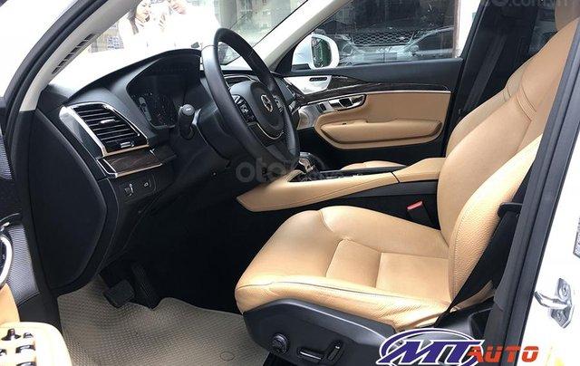MT Auto bán ô tô Volvo XC90 Momentum 2017, màu trắng, xe nhập khẩu - LH em Hương 09453924683