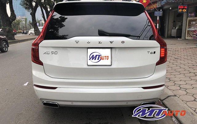 MT Auto bán ô tô Volvo XC90 Momentum 2017, màu trắng, xe nhập khẩu - LH em Hương 09453924688