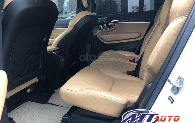 MT Auto bán ô tô Volvo XC90 Momentum 2017, màu trắng, xe nhập khẩu - LH em Hương 09453924686