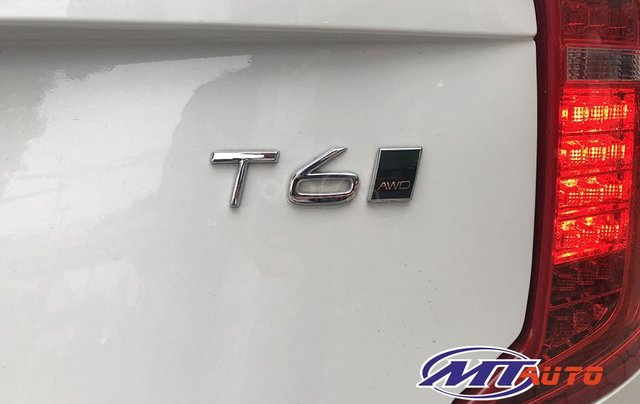 MT Auto bán ô tô Volvo XC90 Momentum 2017, màu trắng, xe nhập khẩu - LH em Hương 094539246812