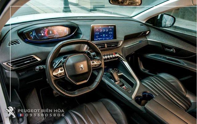 Mua xe  Peugeot 5008 năm 2019, màu xám - Giá tốt - Hỗ trợ mua xe lãi suất thấp - Giao xe tận nhà7
