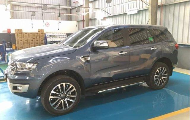 Bán Ford Everest sản xuất năm 2019, màu xanh lam, nhập khẩu0