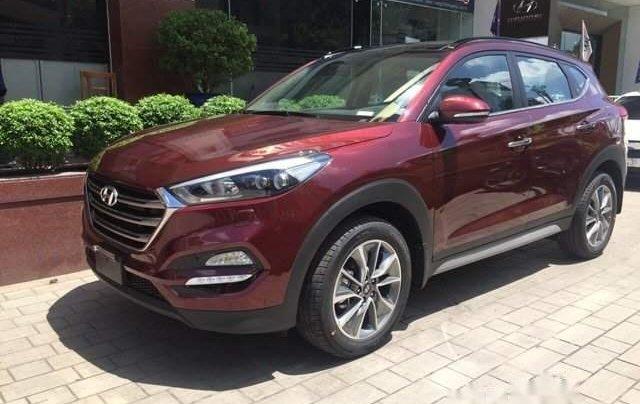 Cần bán xe Hyundai Tucson năm sản xuất 2019, màu đỏ, 775tr3