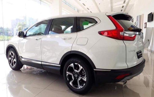Cần bán xe Honda CR V 2019, màu trắng, nhập khẩu2
