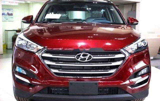 Cần bán xe Hyundai Tucson năm sản xuất 2019, màu đỏ, 775tr2