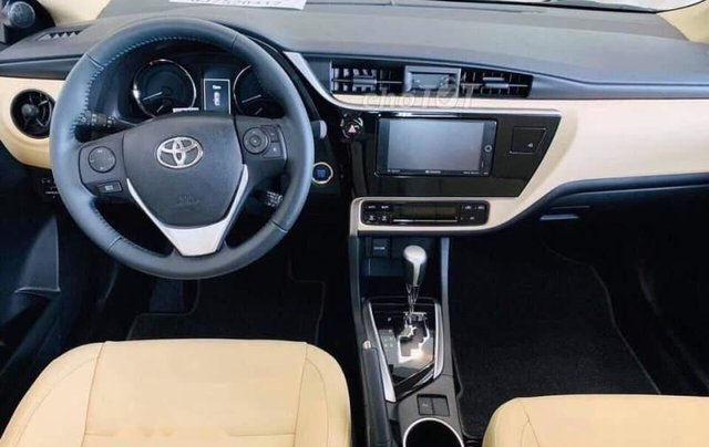 Bán Toyota Corolla altis 1.8G đời 2019, màu đen, giá cạnh tranh2