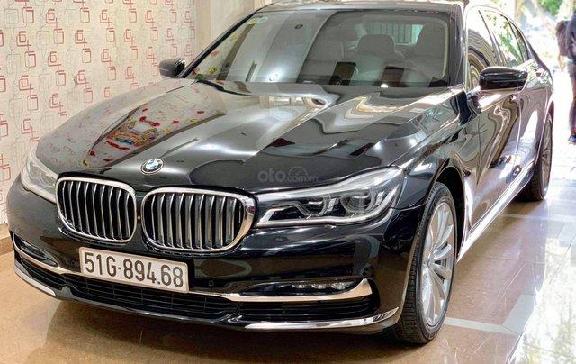 Bán ô tô BMW 7 Series 740 Li model 2016, màu đen, nội thất kem2