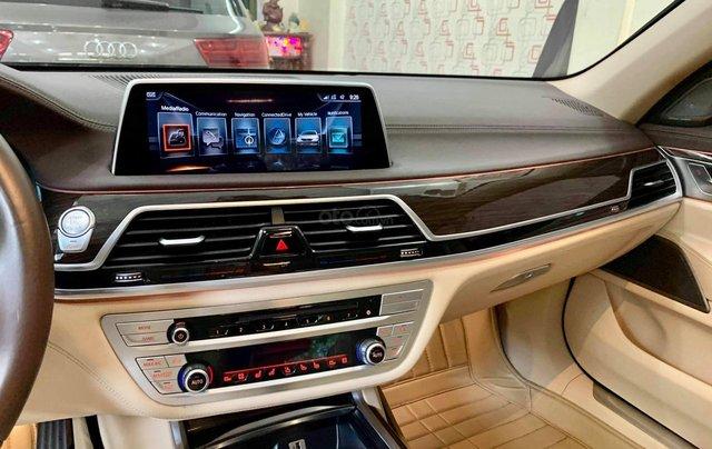 Bán ô tô BMW 7 Series 740 Li model 2016, màu đen, nội thất kem9