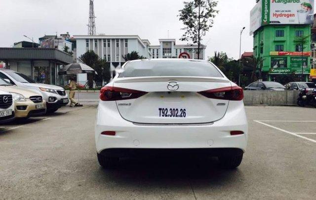 Cần bán xe Mazda 3 đời 2019, màu trắng, 639 triệu0