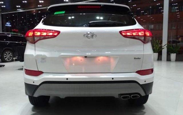 Bán xe Hyundai Tucson đời 2019, màu trắng2