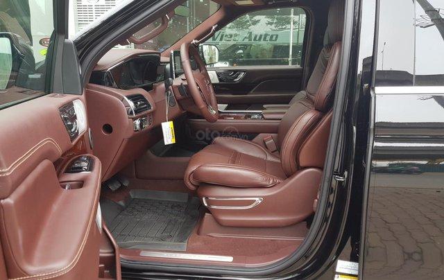 Bán ô tô Lincoln Navigator L Black Label sản xuất 2019, màu đen, nhập khẩu mới 100%8