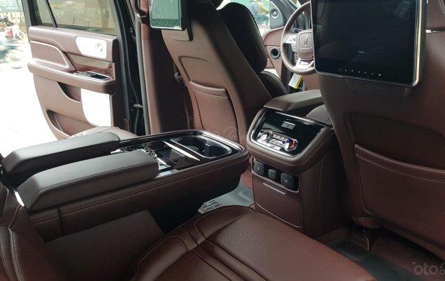 Bán ô tô Lincoln Navigator L Black Label sản xuất 2019, màu đen, nhập khẩu mới 100%19