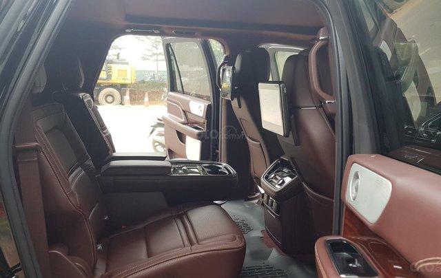 Bán ô tô Lincoln Navigator L Black Label sản xuất 2019, màu đen, nhập khẩu mới 100%18