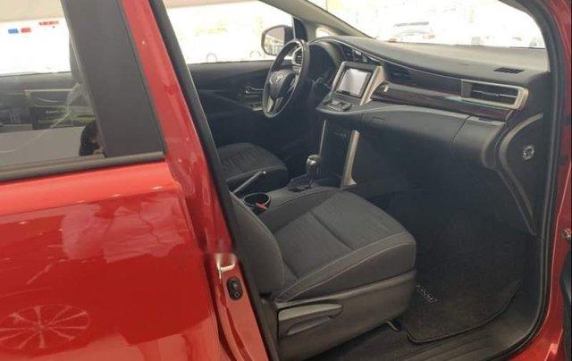 Bán xe Toyota Innova Venturer năm sản xuất 2019, màu đỏ3