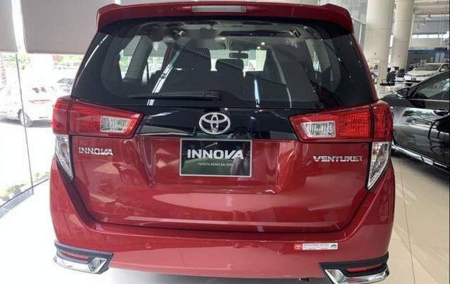 Bán xe Toyota Innova Venturer năm sản xuất 2019, màu đỏ4