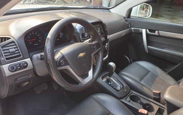 Cần bán gấp Chevrolet Captiva LTZ sản xuất 2017, màu trắng2