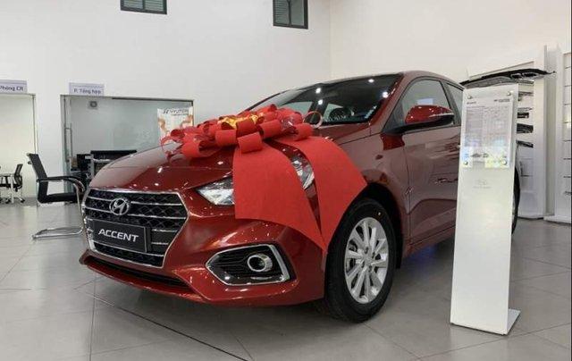 Bán Hyundai Accent đời 2019, màu đỏ0