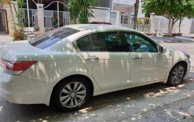 Bán Honda Accord sản xuất năm 2012, màu trắng, nhập khẩu, xe còn rất rất mới1