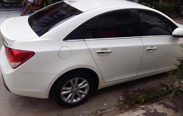 Bán xe Chevrolet Cruze đời 2015, màu trắng, giá tốt0