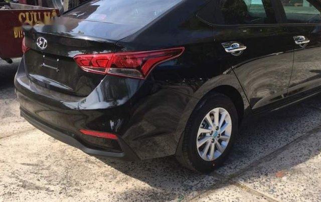 Cần bán xe Hyundai Accent sản xuất năm 2019, nhập khẩu5