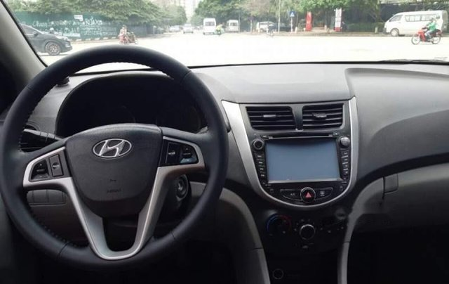 Bán Hyundai Accent đời 2013, màu bạc, nhập khẩu  1