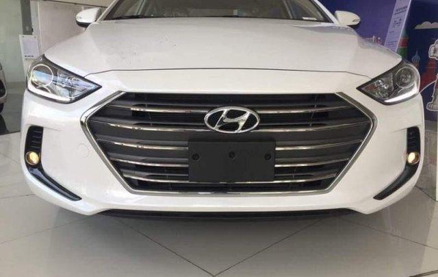 Bán Hyundai Elantra năm sản xuất 2019, giá sập sàn0