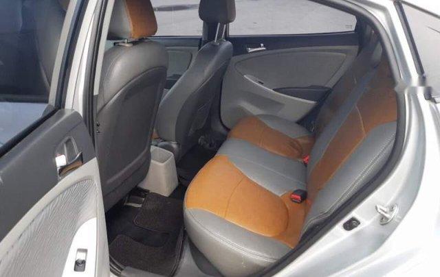 Bán Hyundai Accent đời 2013, màu bạc, nhập khẩu  2