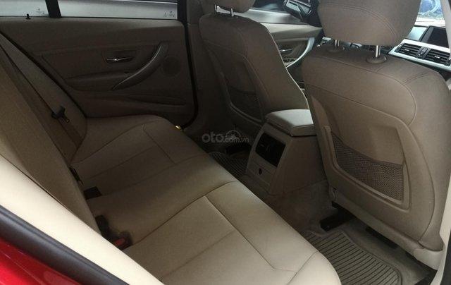 Cần bán xe BMW 320i sản xuất 2012 màu đỏ2