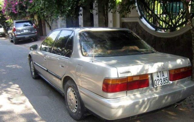 Bán Honda Accord năm sản xuất 1993, màu bạc, xe nhập Nhật Bản1