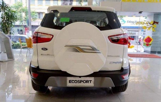Cần bán xe Ford EcoSport sản xuất 2019, màu trắng3