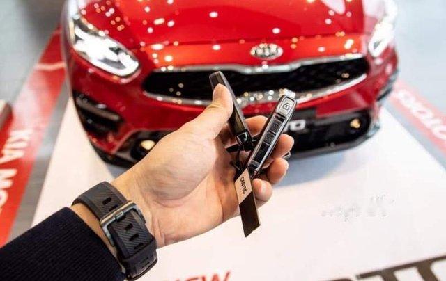 Cần bán Kia Cerato đời 2019, màu đỏ, nhập khẩu nguyên chiếc3