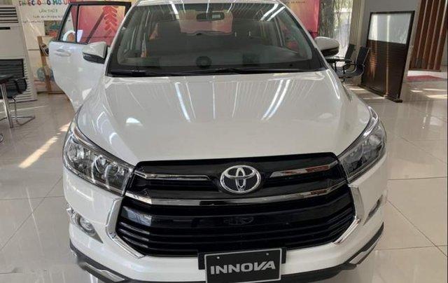 Bán Toyota Innova đời 2019, màu trắng, giá tốt0