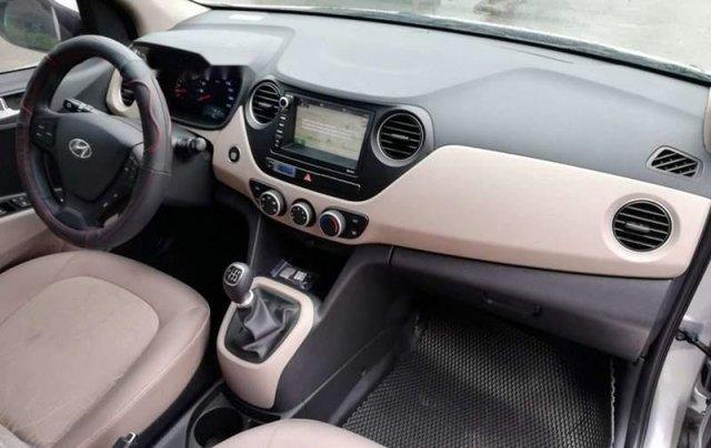 Cần bán Hyundai Grand i10 năm 2019, màu bạc, giá tốt3