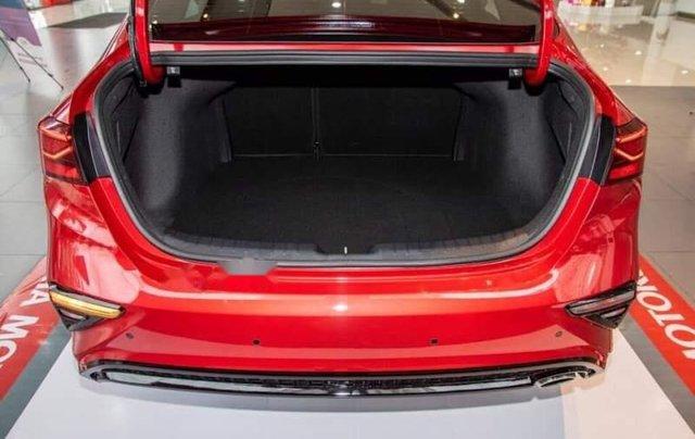 Cần bán Kia Cerato đời 2019, màu đỏ, nhập khẩu nguyên chiếc1