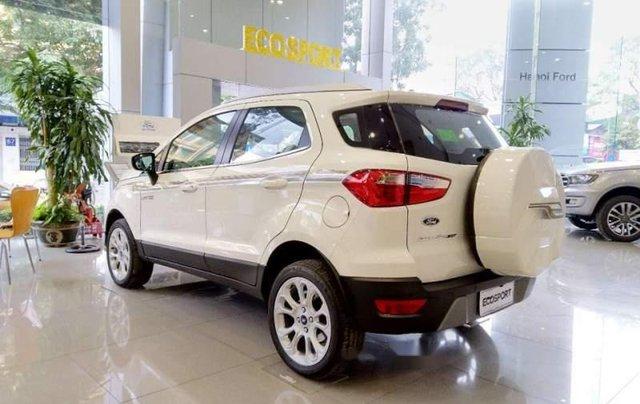 Cần bán xe Ford EcoSport sản xuất 2019, màu trắng2