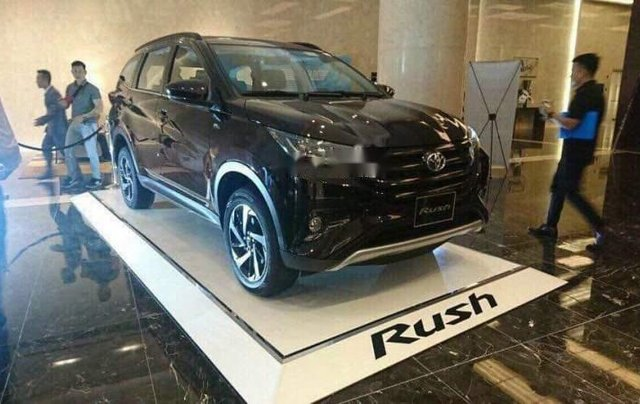 Bán ô tô Toyota Rush sản xuất 2019, màu đen, nhập khẩu1