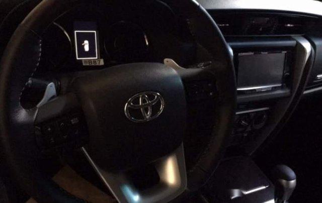 Bán Toyota Fortuner đời 2019, màu trắng, xe nhập2