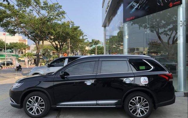 Bán xe Mitsubishi Outlander 2019, màu đen, giá tốt1