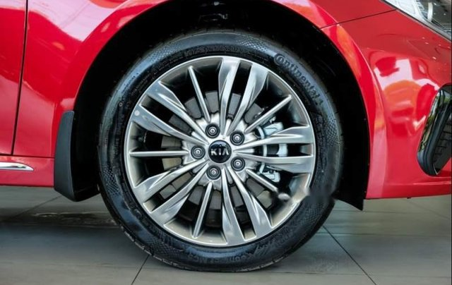 Cần bán xe Kia Optima sản xuất 2019, màu đỏ giá cạnh tranh2