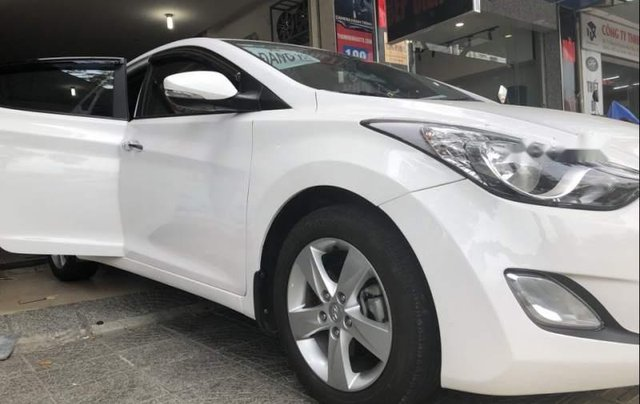 Bán Hyundai Elantra sản xuất 2013, màu trắng, xe nhập chính chủ0