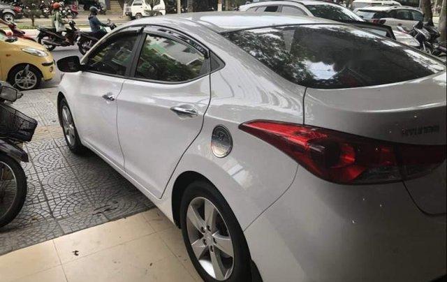 Bán Hyundai Elantra sản xuất 2013, màu trắng, xe nhập chính chủ1