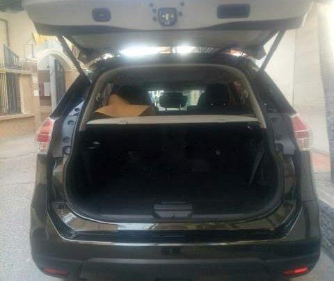 Cần bán xe Nissan X trail đời 2018, màu đen5