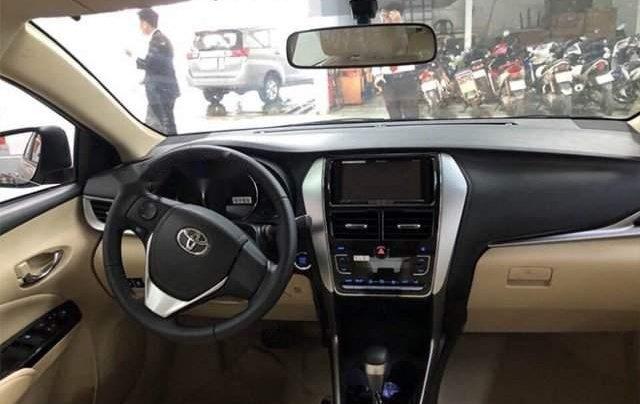 Bán xe Toyota Vios năm sản xuất 2019, màu bạc4