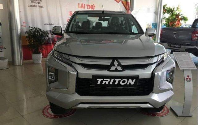 Bán Mitsubishi Triton 2019, màu bạc, nhập khẩu  0