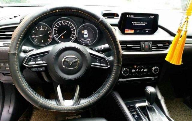 Bán xe Mazda 6 2.0 Premium đời 2017, màu trắng chính chủ5