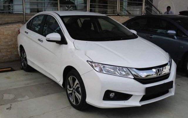 Cần bán xe Honda City sản xuất năm 2016, màu trắng số sàn, giá 445tr1