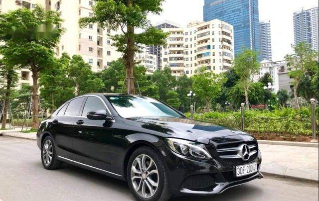 Bán Mercedes C200 2015, màu đen như mới1